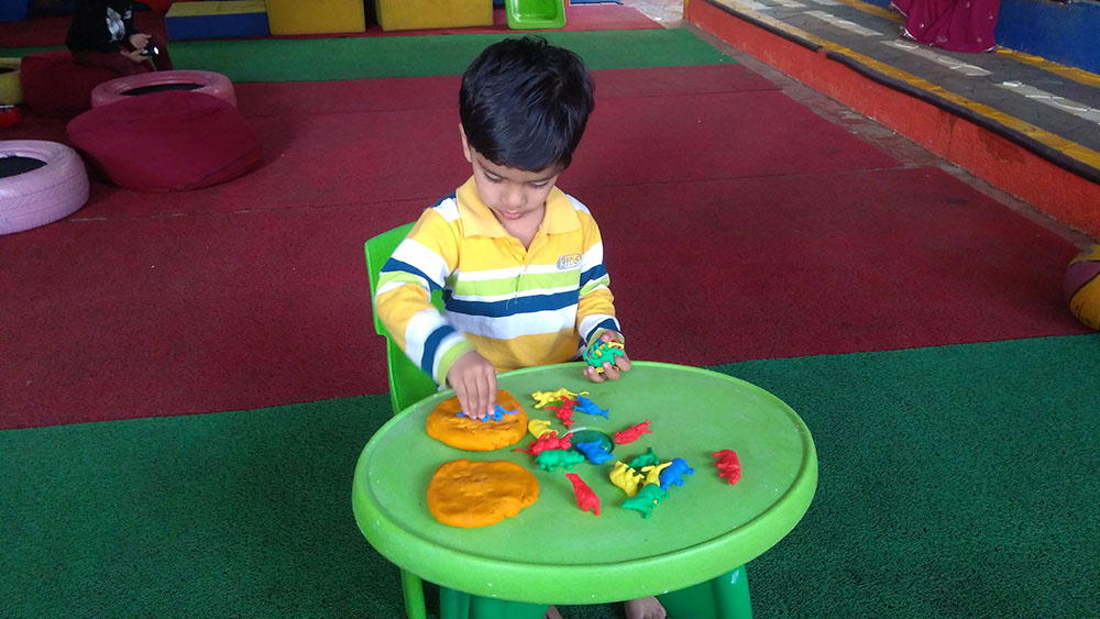 Jumpstart_Learning Centre_dough play
