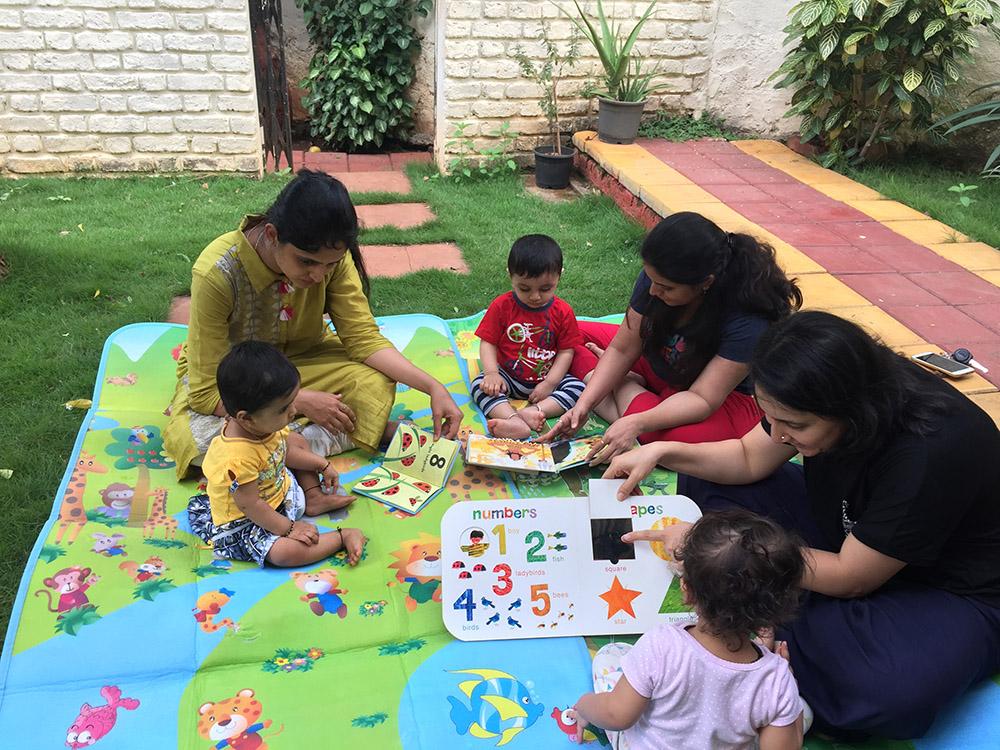 Jumpstart_Parent Toddler Program_groupactivity 2