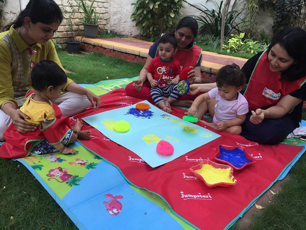 Jumpstart_Parent Toddler Program_paints